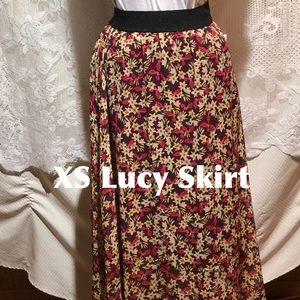LuLaRoe XS Lucy Skirt Brand New